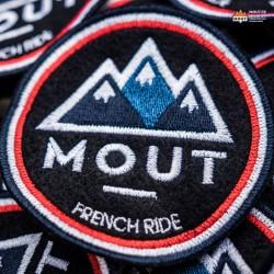 L'Ecusson - French Ride
